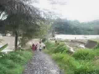Foto Banjir Serayu (3)